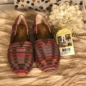 Toms huaraches. Leather and fabric size 6.5